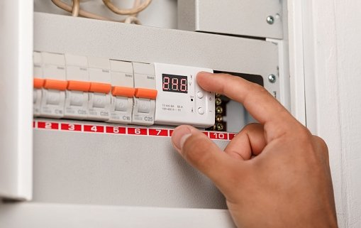 organise your fuse box